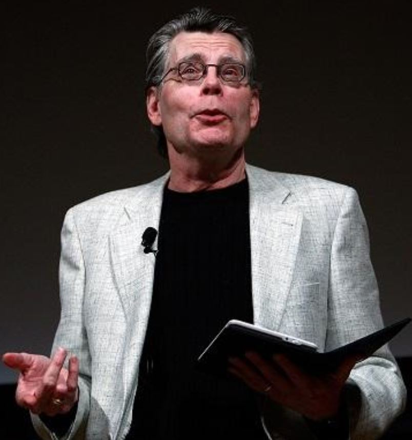 stephen king writing tips While writer stephen king was recovering from a near-fatal car accident, he  finished a nonfiction book about the craft of writing in a 2000.